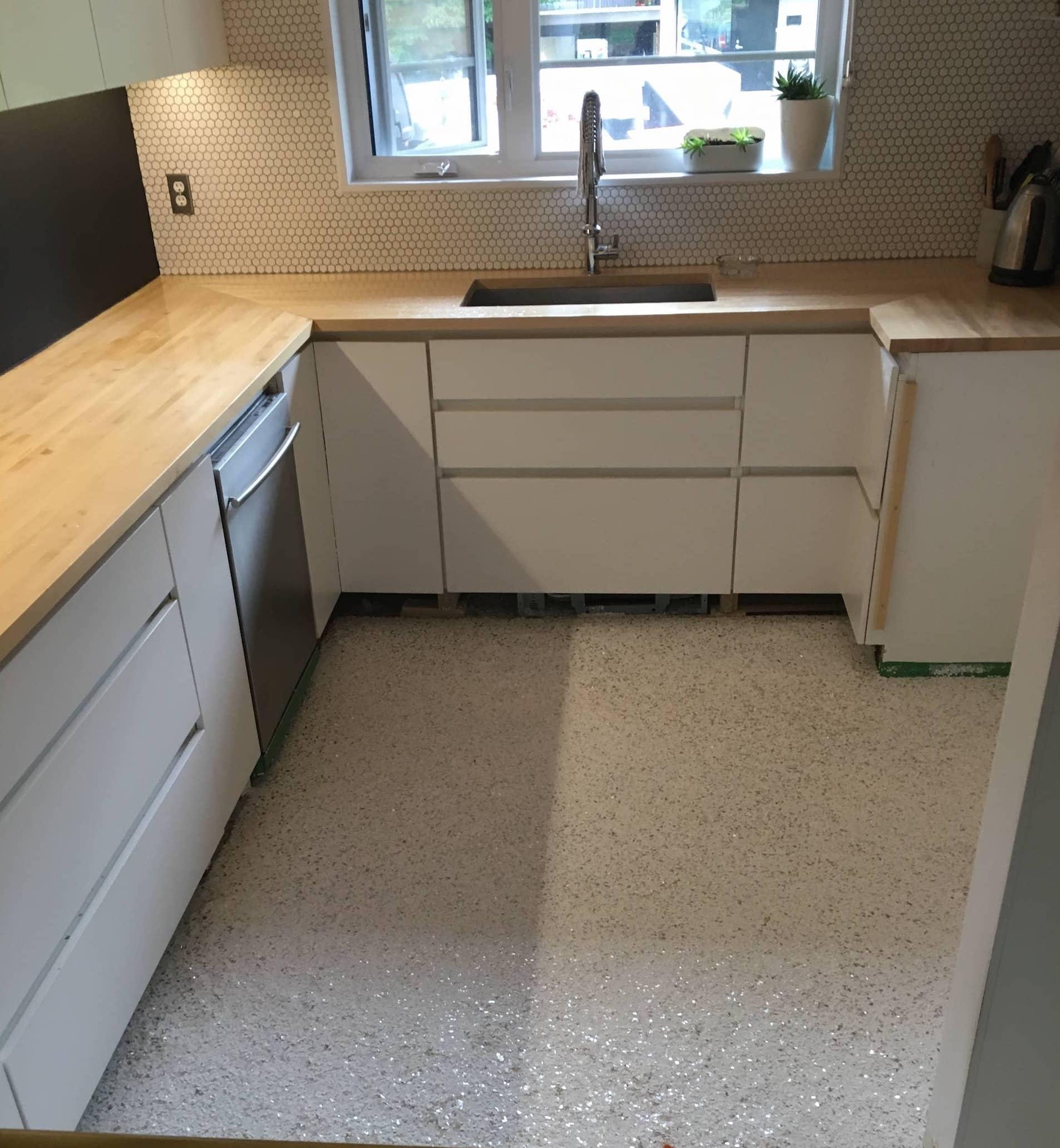 plancher de cuisine en époxy